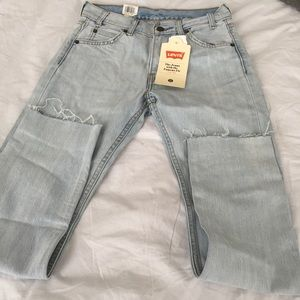 Levi's Light Wash Jeans - Brand New